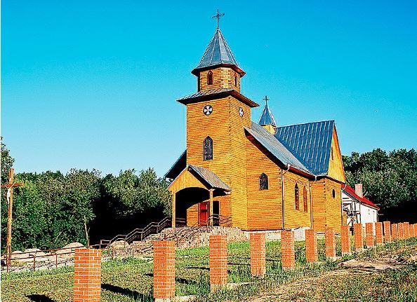 PUTRYSZKI_kościół